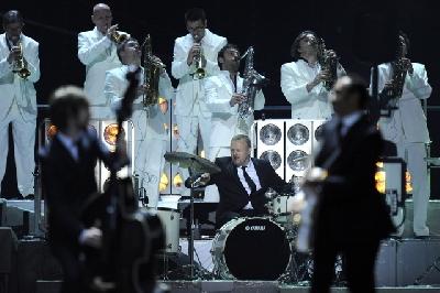 heavy tones big band: